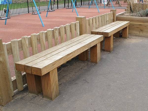 Cheshunt Bench