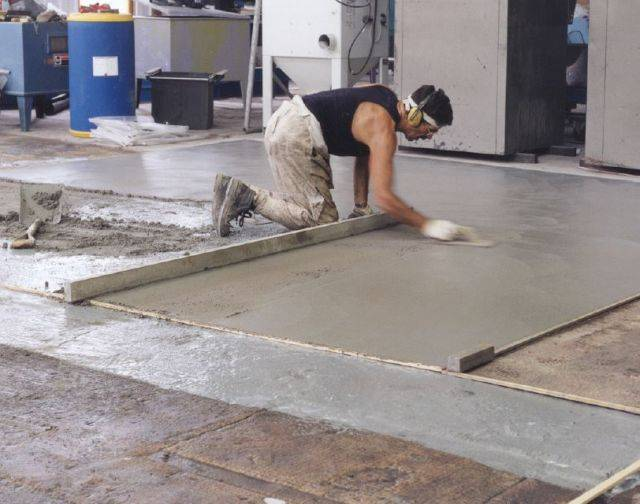 Ronafix Pre-packed Wearing Screed 25 mm+