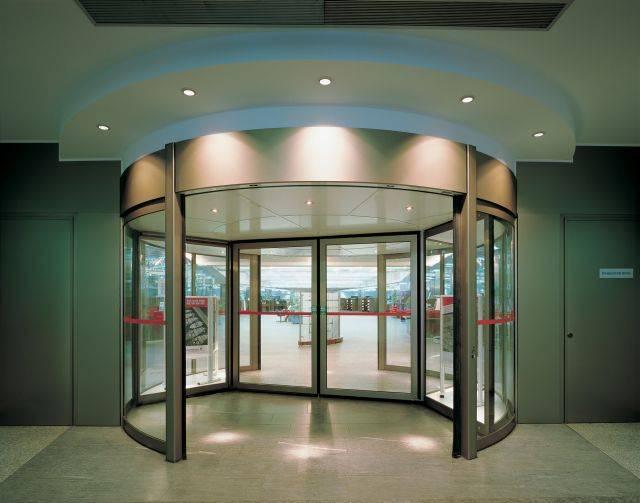 KTC Comfortline revolving doors
