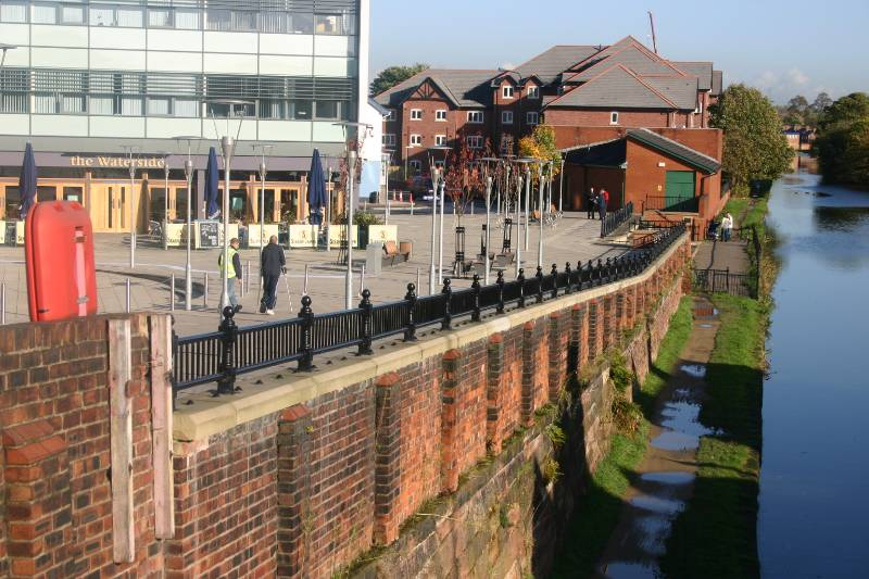 ASF Balmoral Parapet Panel Post, Salford Quays