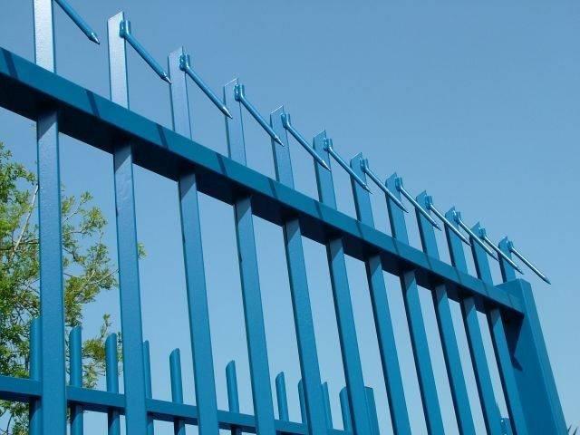 Barbican® Barbed-Top Fencing