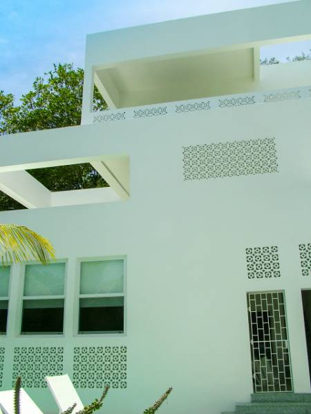 Luxury Caribbean house resists humidity with MEDITE TRICOYA EXTREME