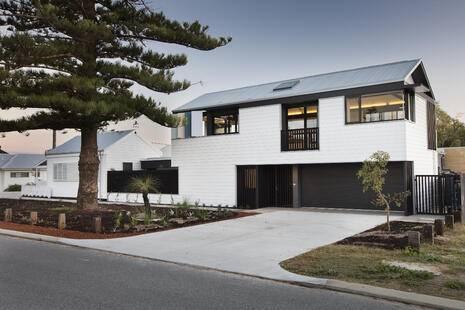 Modern South Fremantle Cottage, WA