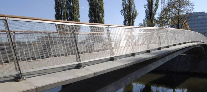 Woven Wire Mesh Balustrade at Svratka River Bridge