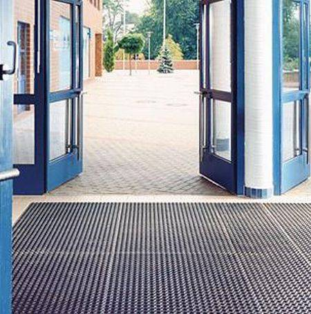 Rubber honeycomb entrance matting