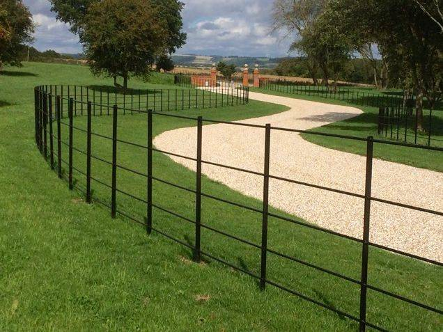 Traditional Estate Fencing