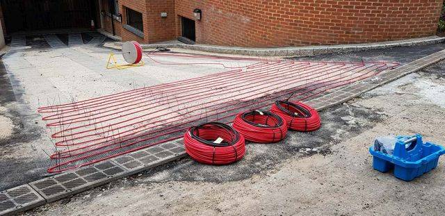 Ice and snow melting cables for ramp heating and driveway