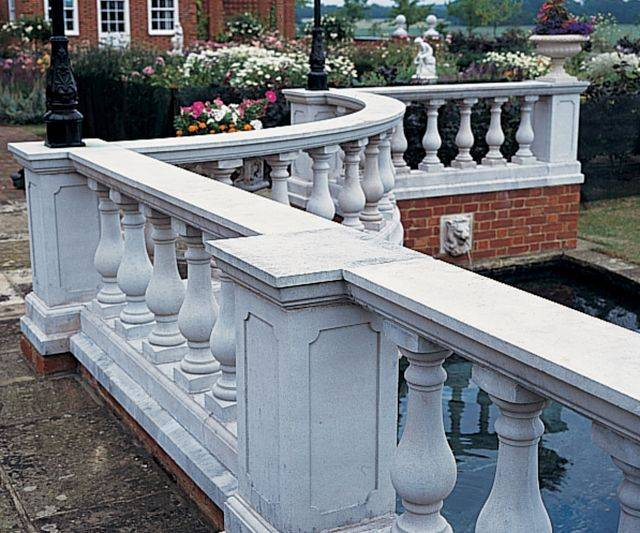Side Run-In Balustrade