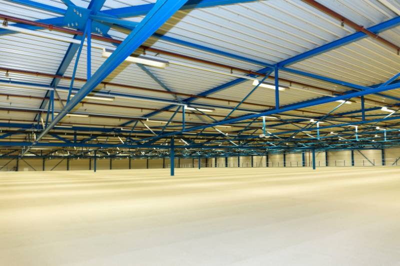 Mezzanine floor: Bleckmann's clothing warehouse