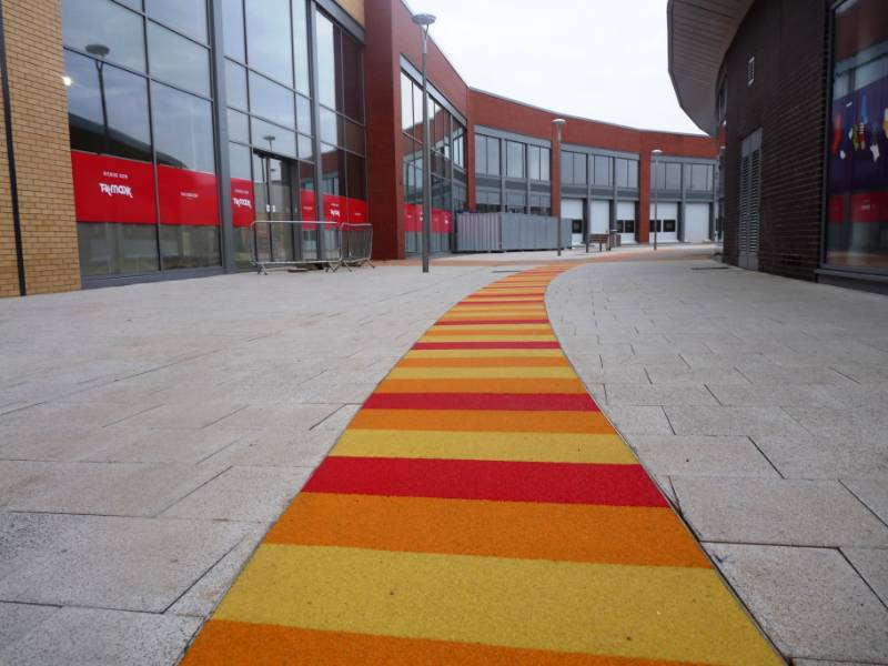 Striped SureSet pathway for Sainsbury's