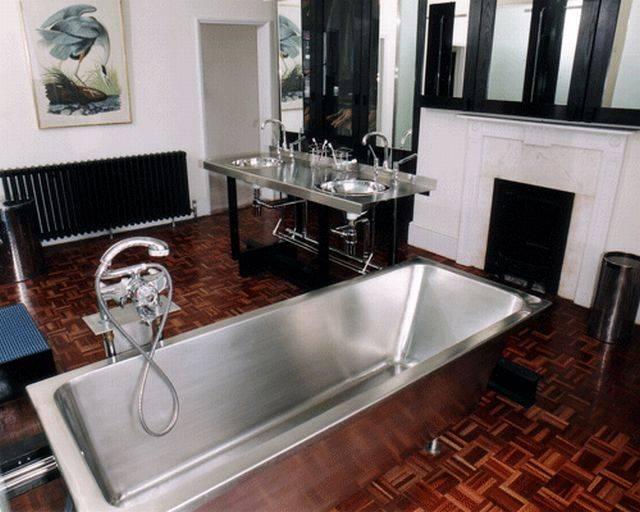 V390 Stainless Steel Bath