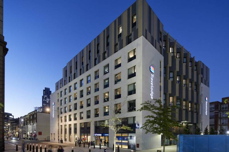Travelodge Hotel, External Stone Cladding & Facade