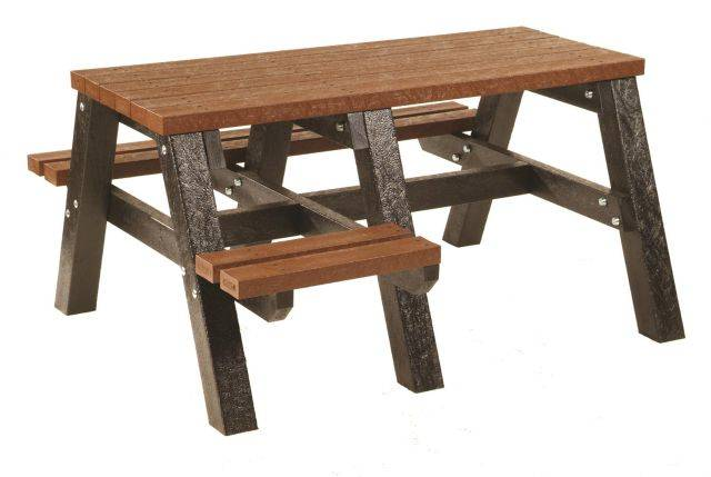Mplas Picnic Bench with Wheelchair Access