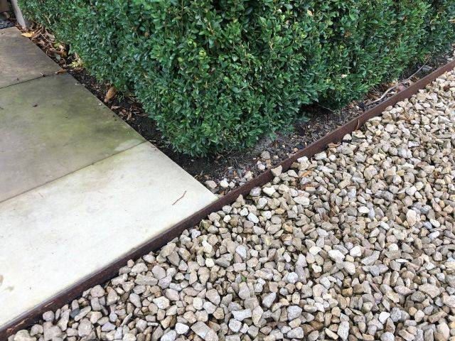 Traditional Legacy Driveway Edging
