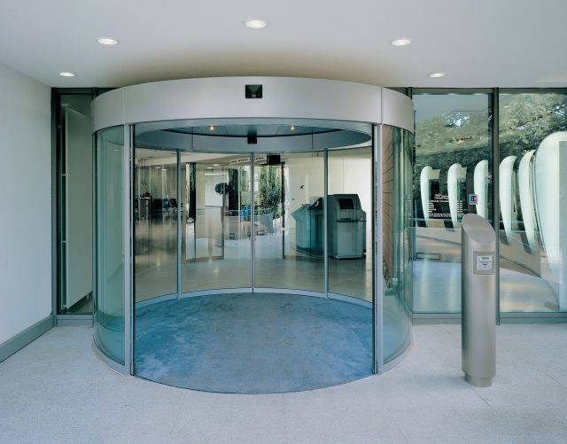 BST/ FBST Comfort Line Automatic Curved Sliding Doors