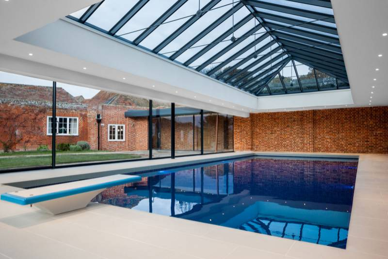 Grade II listed manor undergoes transformation using bespoke brick blend
