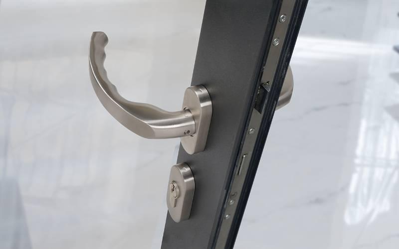 BLU™ - KM930 Ergonomic Lever Door Handle on Oval Rose