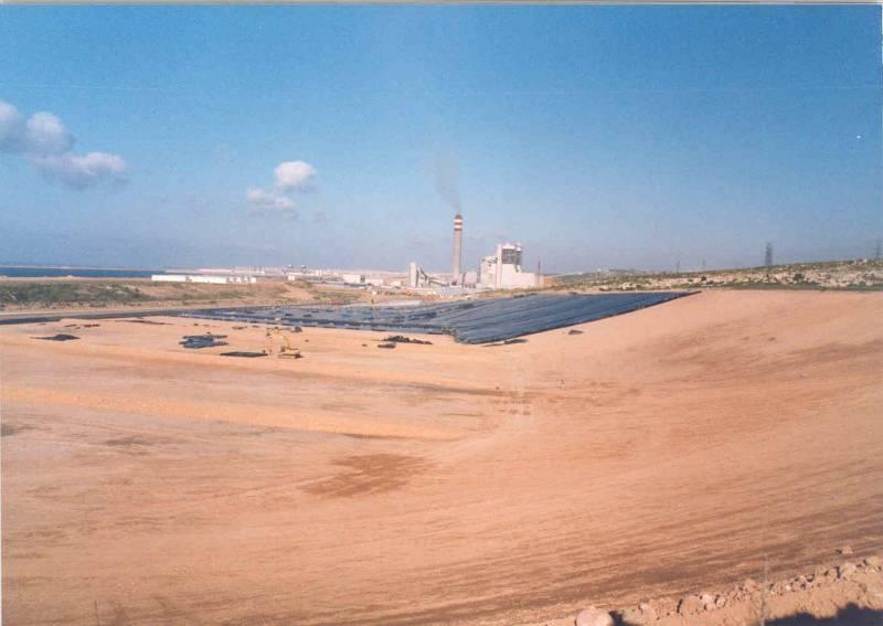 Coal Ash Containment, Basal and Capping, Pozidrain, Jorf Lasfar, Morocca