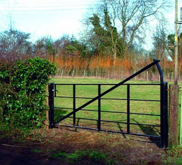 Estate Railing Gates