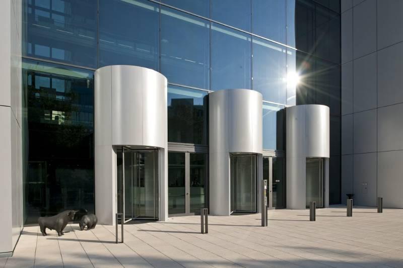 Unique Revolving Doors Installed At Borse Cube Offices, Eschborn