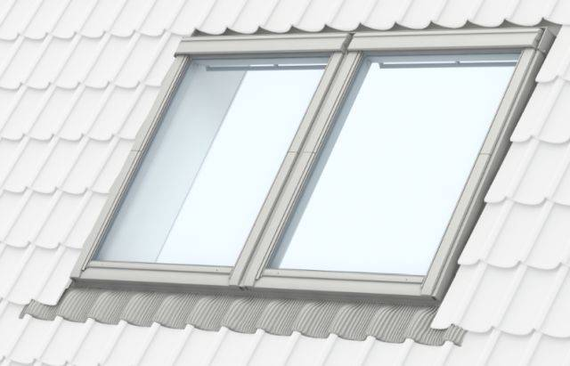 GGU manually operated, white polyurethane, centre-pivot roof window, twin installation