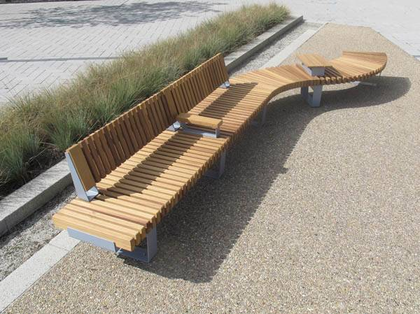 ·RailRoad Delta - Straight and Curved Seating