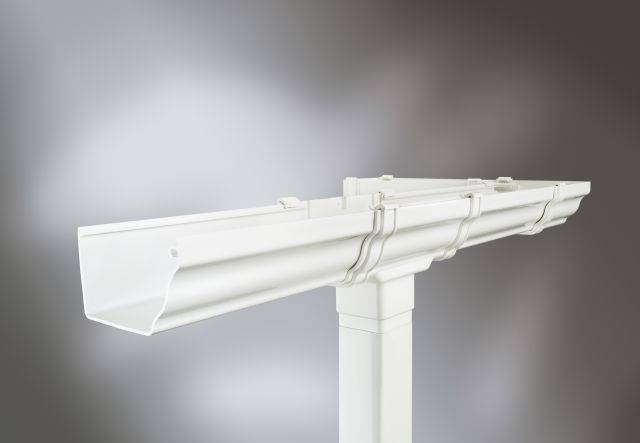 Classic ogee style PVC-U gutter