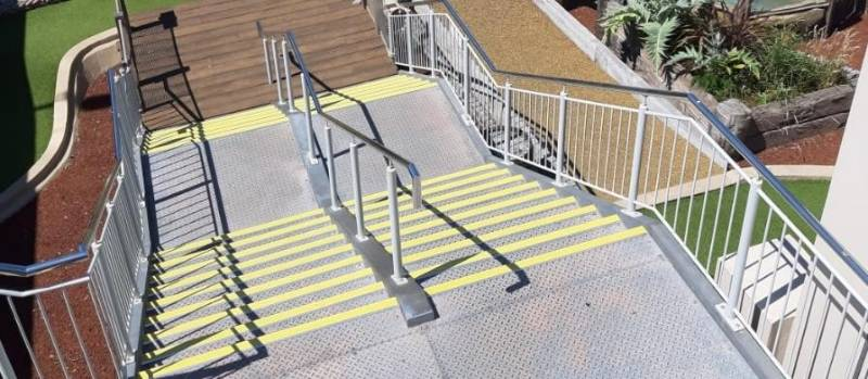CASE STUDY: HOTEL AND LEISURE - SMUGGLERS COVE, BOURNEMOUTH - STAIR NOSING