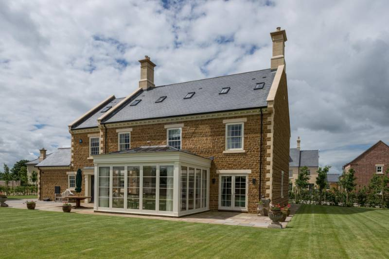 Cupa Pizarras roof slate chosen in prestigious langton homes development