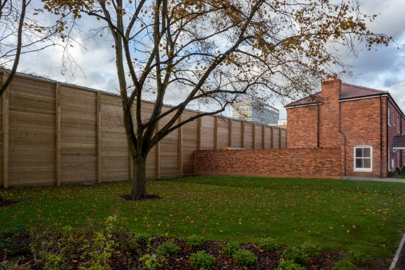 Acoustic fencing provides peace and quiet at a redeveloped residential area in London