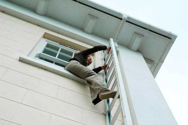 Drop Down Emergency Escape Ladders