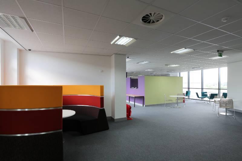 Kirklee's College - Huddersfield