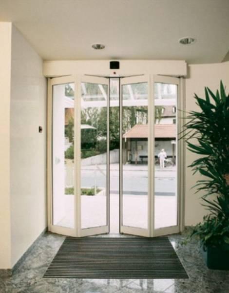 FFT Folding Doors