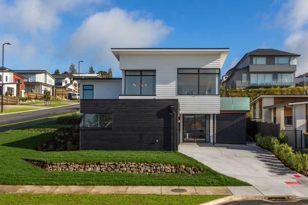 Accoya cladding chosen for a show home in Auckland