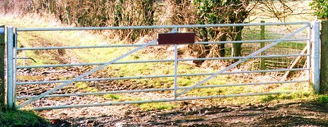 Heavy Metal Field Gates