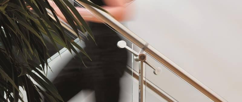 d line Spigot Fixing Glass Link