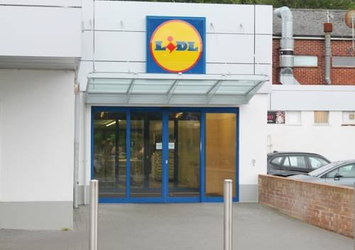Lidl Supermarket - Wall Mounted Canopy