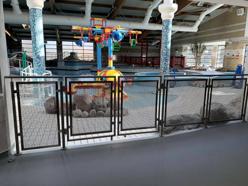Woking's Pool in the Park selects CIRCUM Round balustrade system