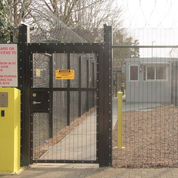 Securi-Mesh® Plus B3 Gates