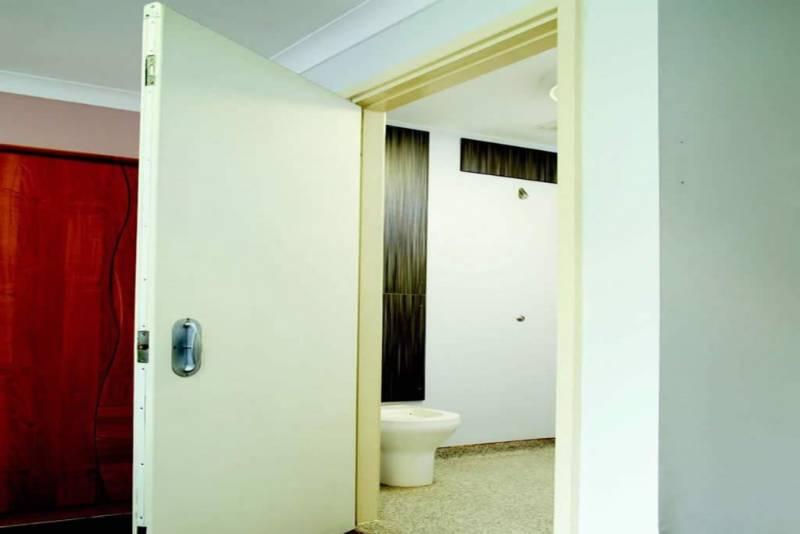 RDaSH - En suite Doors