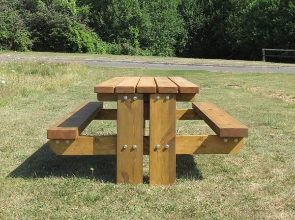 Stark Picnic Table