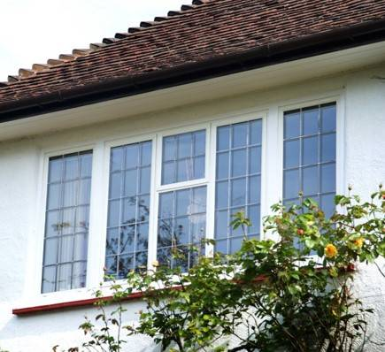 EB24 steel windows chosen for 'cottage style' private home