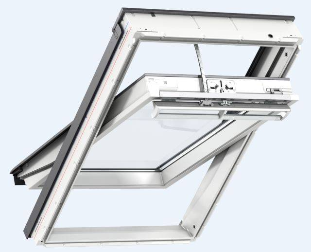 GGU INTEGRA® solar powered, white polyurethane, centre-pivot roof window