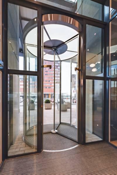 5.5m High Revolving Door, World Port Centre, Rotterdam