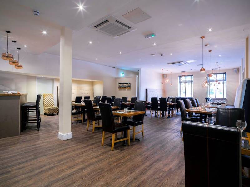 Polyflor's Affinity255 flooring adds sophistication to Swansea hotel