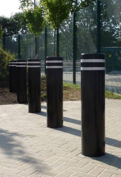 RhinoGuard 75/40 Shallow Mount Protective PAS Rated Bollard – Carbon Steel
