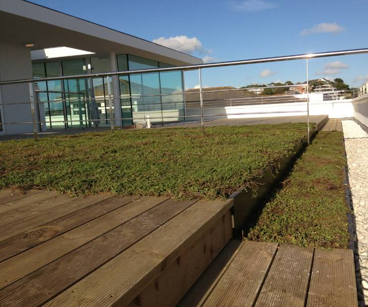Spectraplan forms roof terrace at Sandbanks Court in Poole
