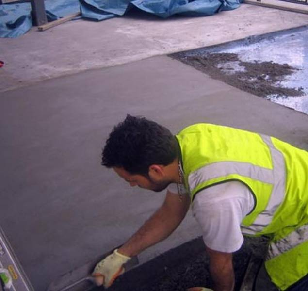 Ronafix for Screeds - Mix A Screed 6–50 mm