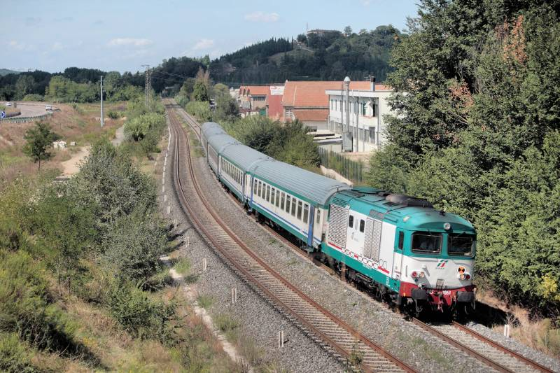 Embankment Drainage - Rail Embankment, Pozidrain, Certaldo Poggibonsi Railway, Italy