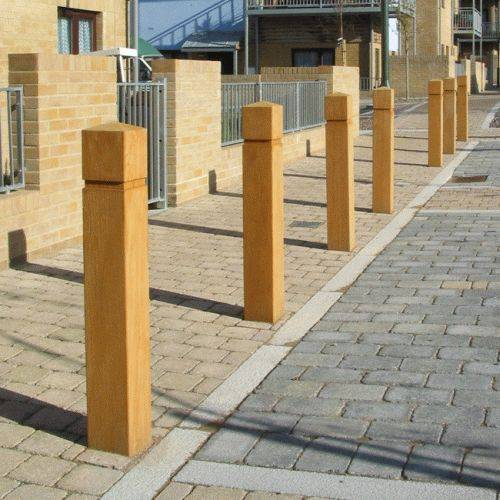Epping Timber Bollard